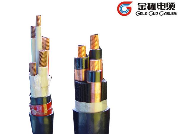产品标准及适用范围: 交联聚乙烯绝缘电力电缆适用于工频额定电压0.6/1kV输配电系统。 交联聚乙烯绝缘电力电缆性能符合国家标准GB/T 12706.1-2008。 使用特性: 电缆导体允许长期最高工作温度90。 电缆导体的短路温度≤250,持续时间≤5S。 电缆的允许弯曲半径:单芯电缆> 20倍电缆外径;多芯电缆> 15倍电缆外径。 电缆敷设温度低于0时,应预先加温。 电缆敷设不受水平落差限制。